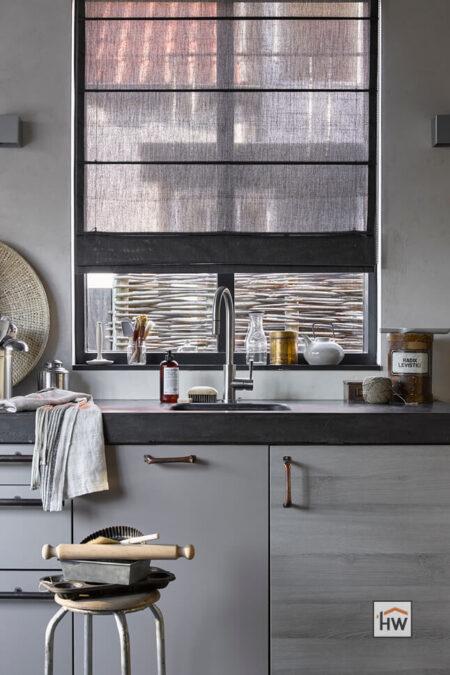 HW Huis & Wonen Gorinchem vouwgordijn grijs keuken